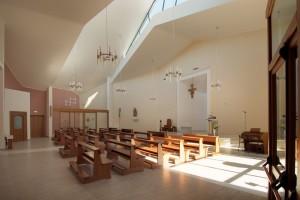 Interno Chiesa di Maiolo